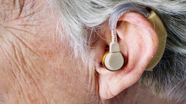 917px In The Ear Hearing Aid 1 2